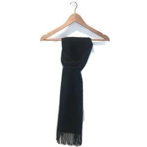 Banana Republic Cashmere scarf with tasseled hem
